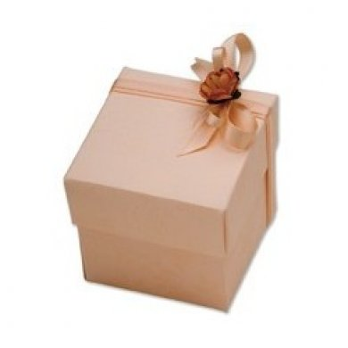 pink-fiore-square-box-with-lid_gallery.jpg